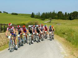 Cycling holidays or mountain bike amongst the Tuscany hills